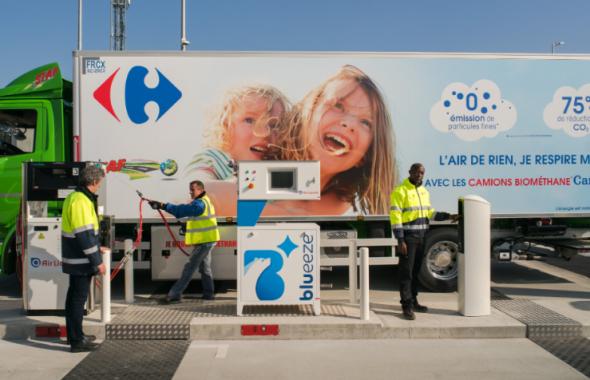 carrefour méthane mobilité branding camion